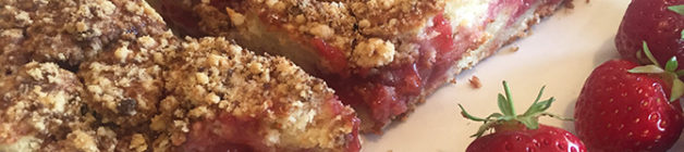 Strawberry sour cream streusel cake sliced